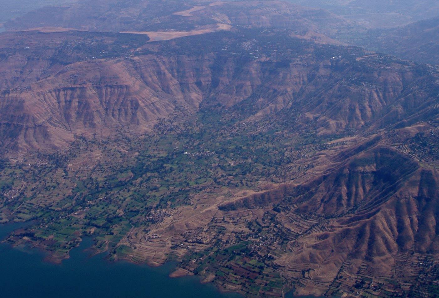 Tablelands sind die letzten Überbleibsel der von einem Supervulkan geschaffenen Hochebene. Der Monsun hat dort fliegerisch ergiebige Täler geschaffen.